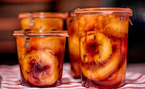 canned peaches in bourbon